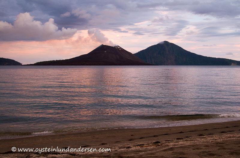 Anak-Krakatau-Feb2012-photo17