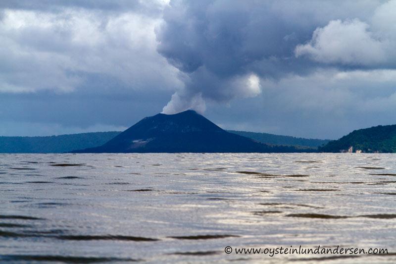 Anak-Krakatau-Feb2012-photo2