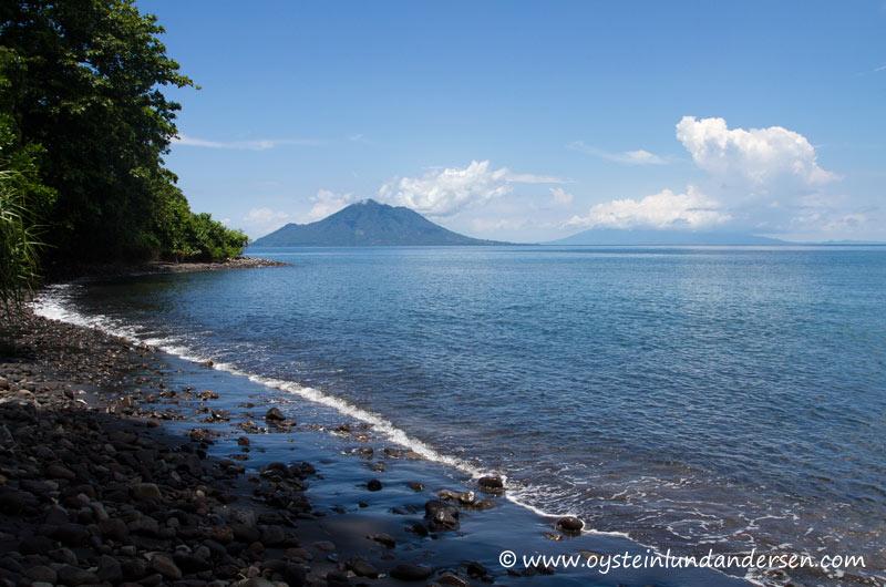 Anak-Krakatau-Feb2012-photo3-1