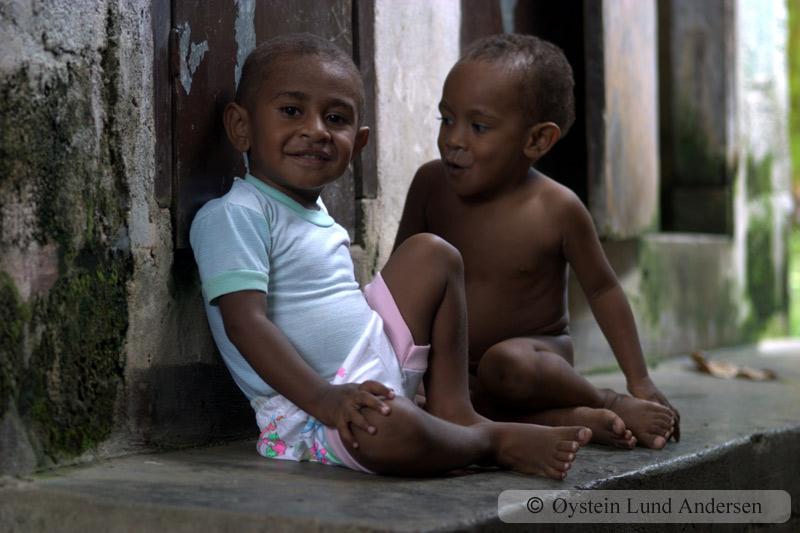 Papuan kids.
