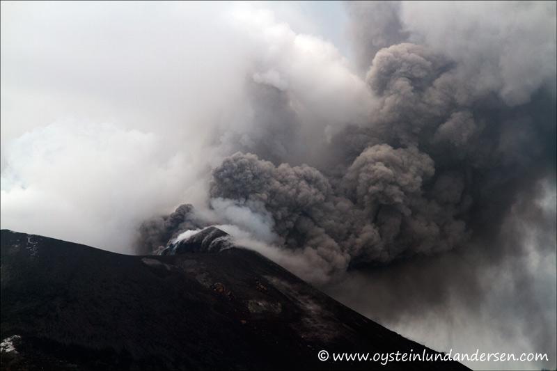 Krakatau-April-2012-x9