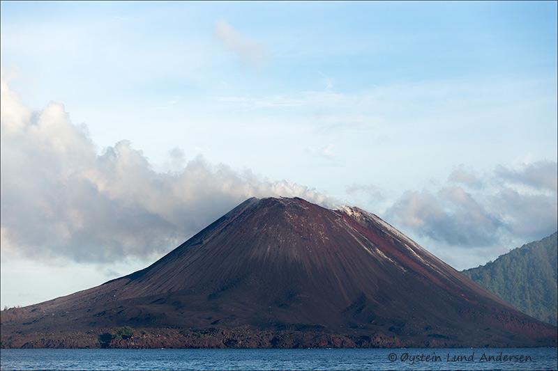 Krakatau volcano java Indonesia 2013