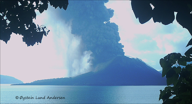 Krakatau-march-2013-(IMAG0091)