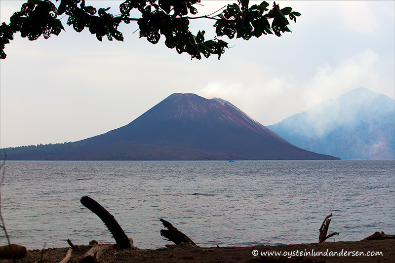 Krakatau-march 2013-(IMG_0127)