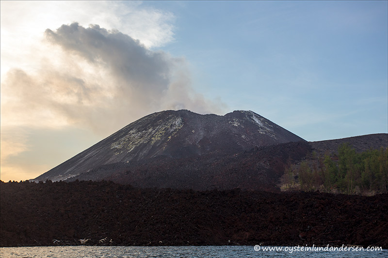 Krakatau-march 2013-(IMG_0648)