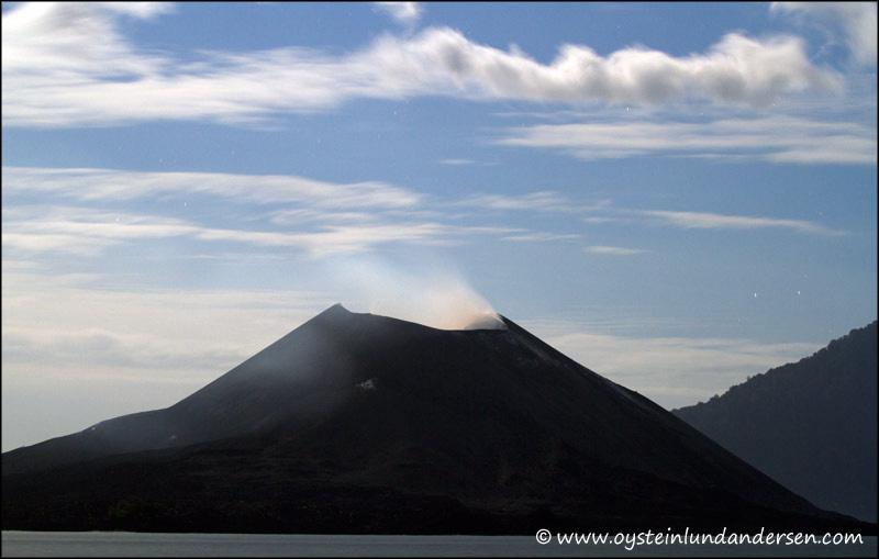 Krakatau-volcano-June-2012x2