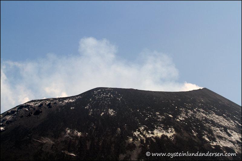 Krakatau-volcano-June-2012x3
