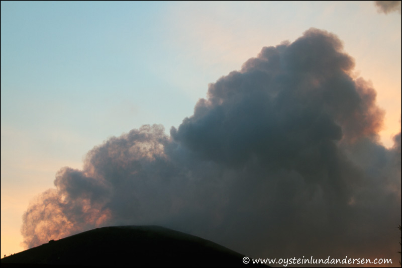 Krakatau-volcano-May-2012-x3-00