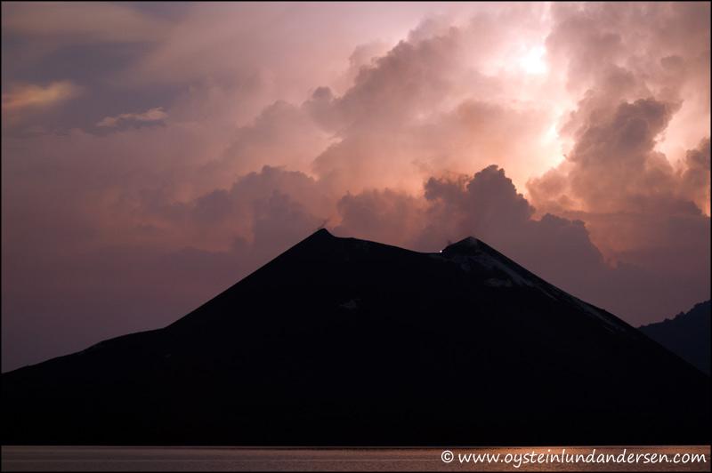Krakatau-volcano-May-2012-x5