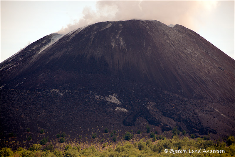 Krakatau-volcano-june-2013(IMG_5584