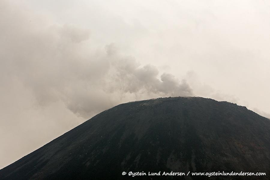 Krakatau-volcano-june-2014(IMG_8149)
