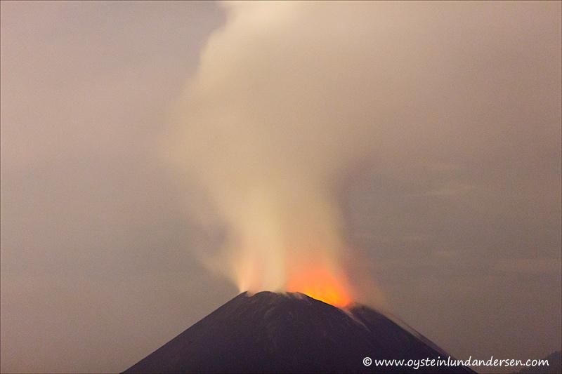 Krakatau-volcano-november-2013(IMG_6295)