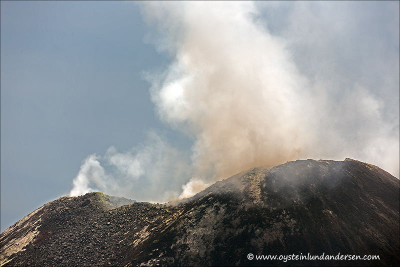 Krakatau-volcano-october-2013(IMG_3212)