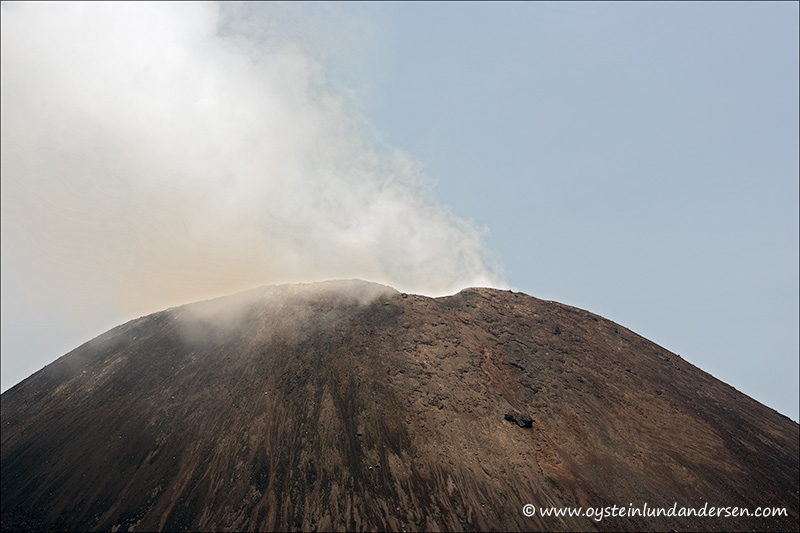 Krakatau-volcano-october-2013(IMG_3248)