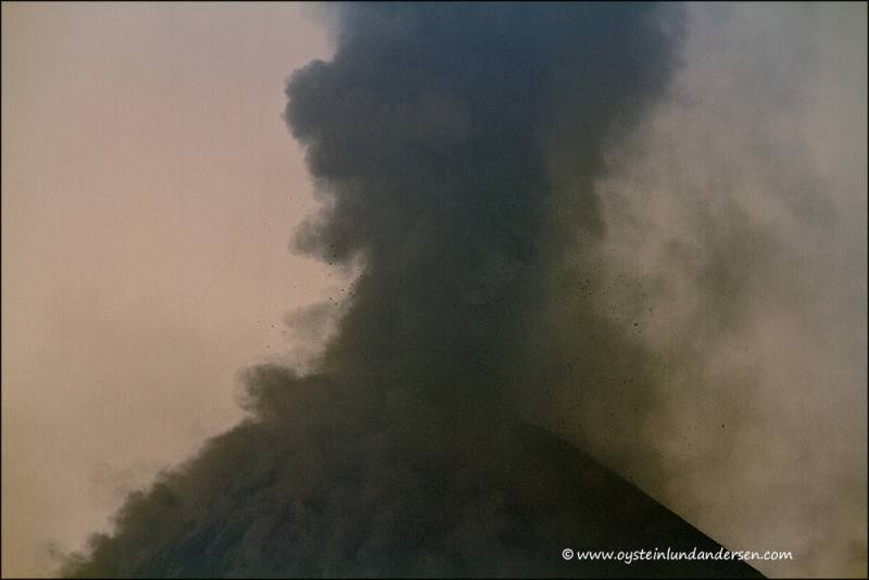 Krakatau_3th-sep2012-x2-39.jpg-for-web-xlarge