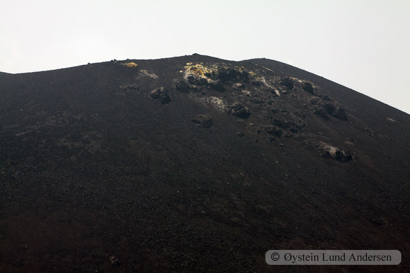 Krakatoa_aug2011_x14