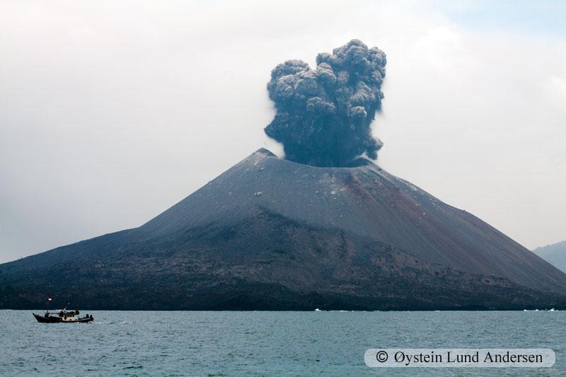 Krakatoa_jan2011_x1-1