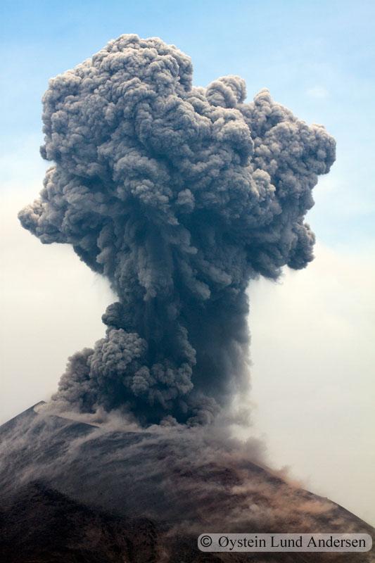 Krakatoa_jan2011_x13