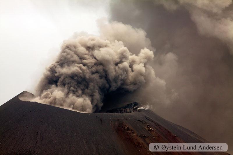 Krakatoa_jan2011_x14