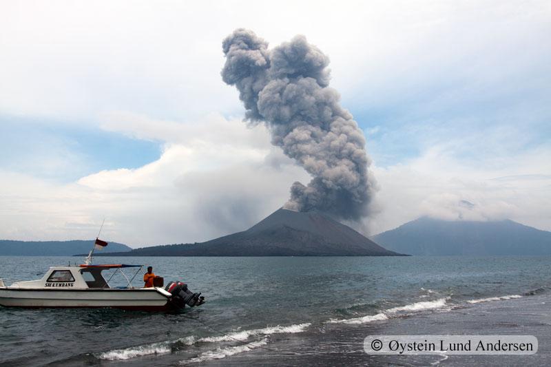 Krakatoa_jan2011_x16
