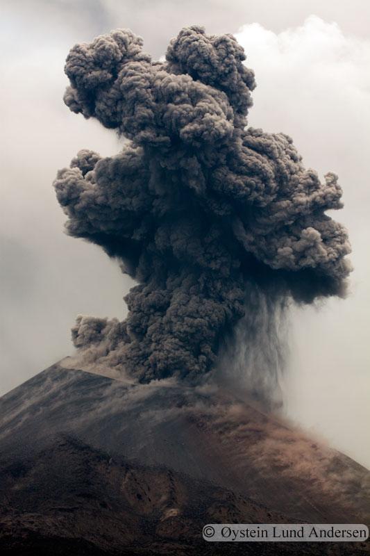 Krakatoa_jan2011_x17