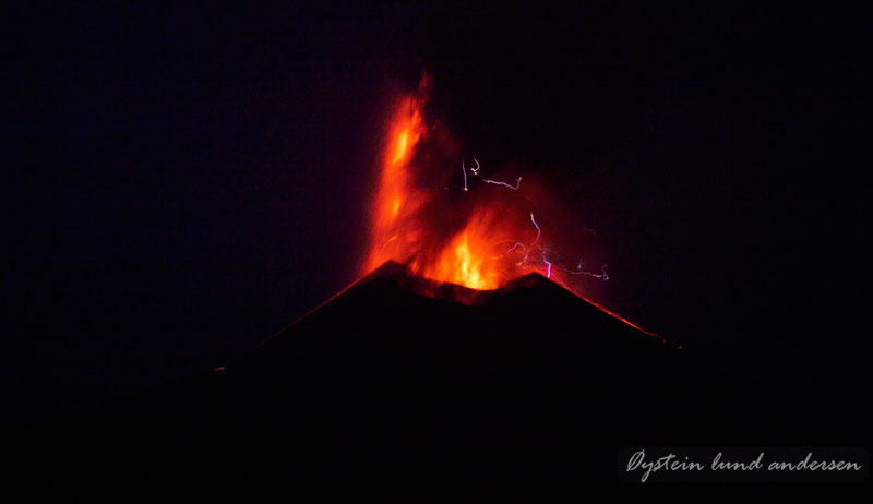 Krakatoa_jun2011_x1