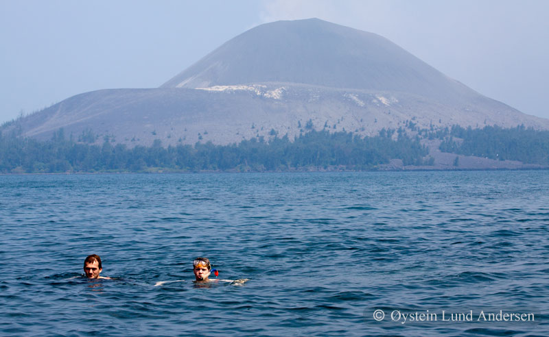 Krakatoa_jun2011_x11