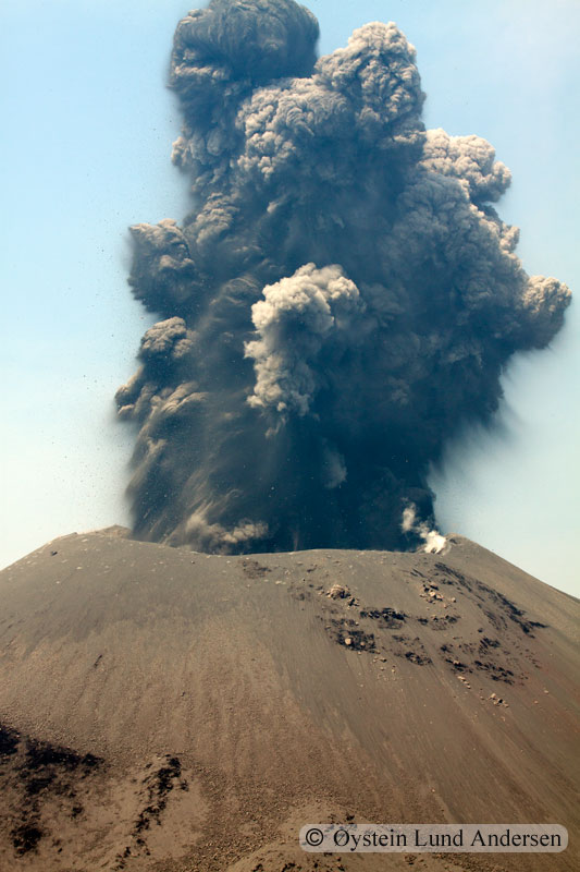 Krakatoa_jun2011_x14