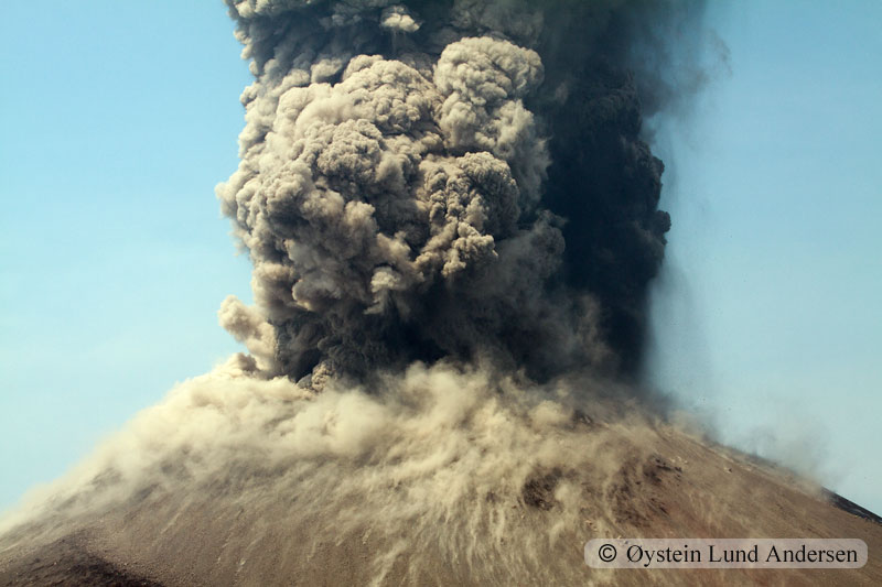 Krakatoa_jun2011_x17