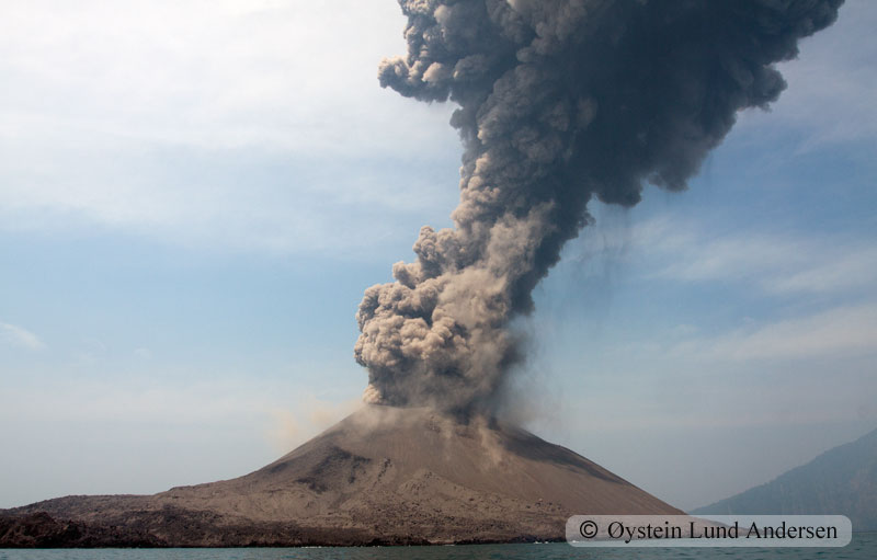 Krakatoa_jun2011_x18