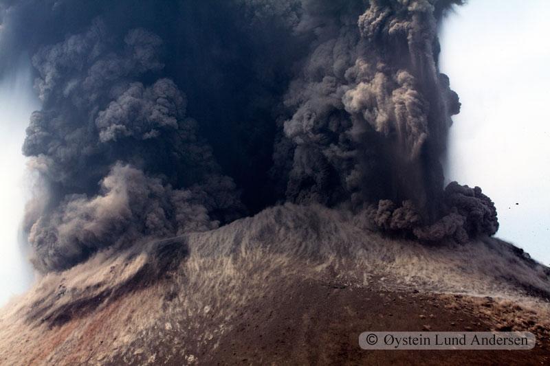 Krakatoa_jun2011_x20