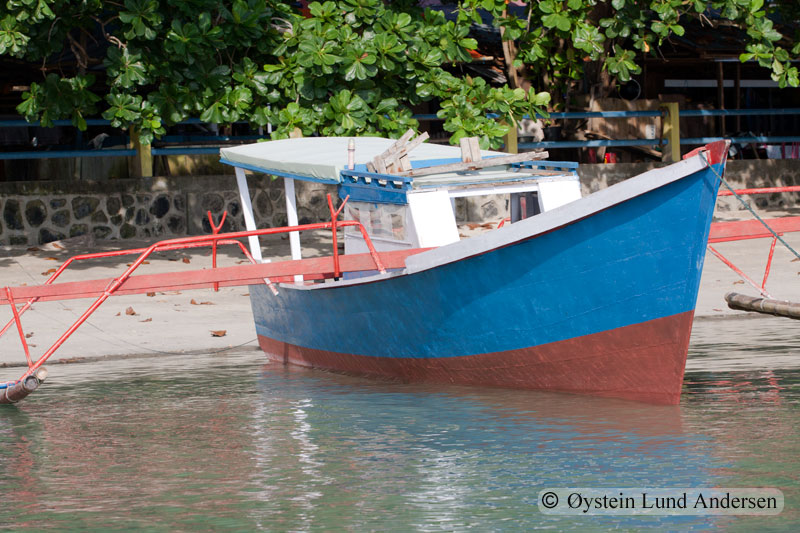 Traditional Manadonese fishing vessel.