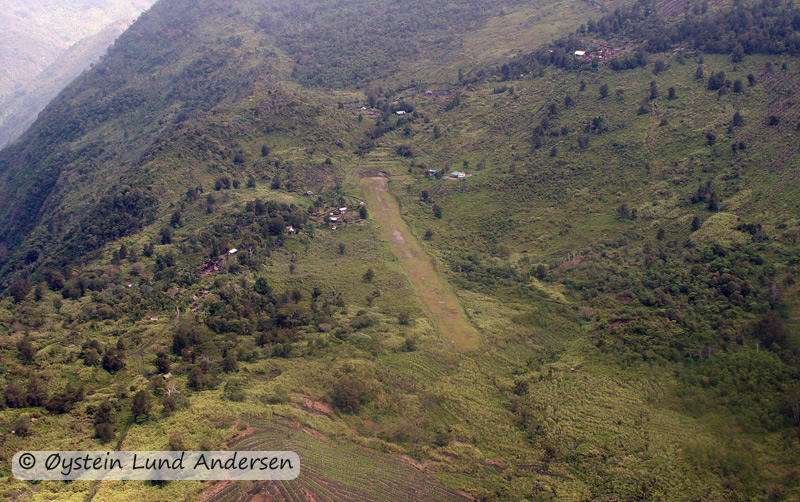 The village and airstrip of Nalca.