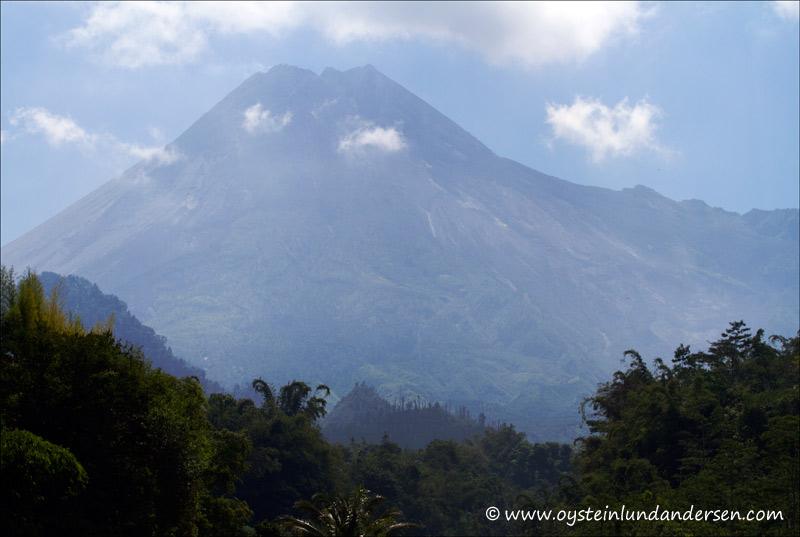 Merapi-volcano-June2012-x2-1