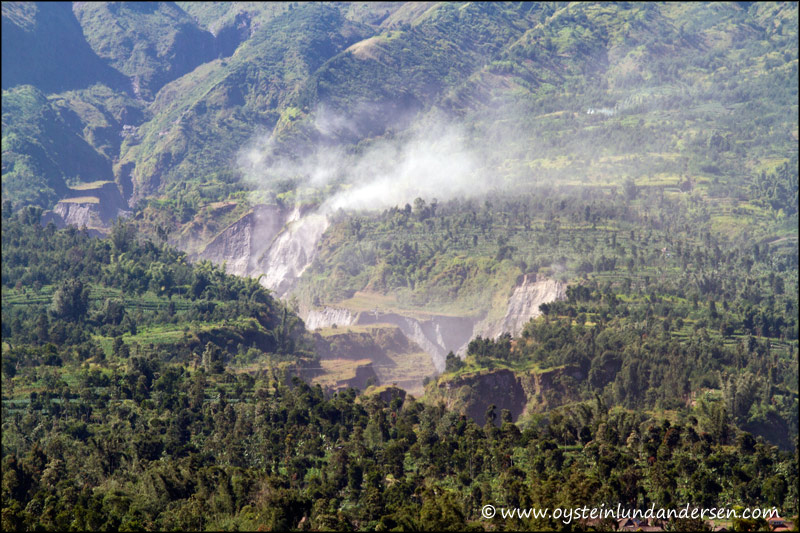 21.Terrain below Merapi.