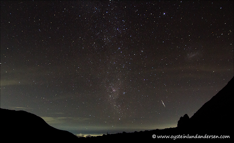 Falling star over the Merapi Pasar Bubrah plataeu.