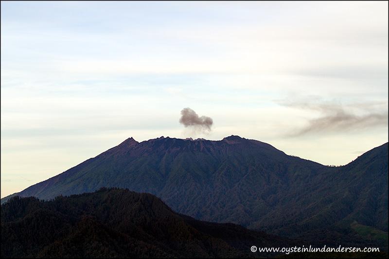 Raung-volcano-2012-x2
