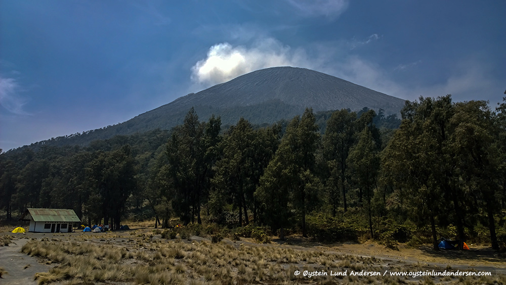 Semeru-volcano-october-2014-(WP_20141011_10_03_04)s