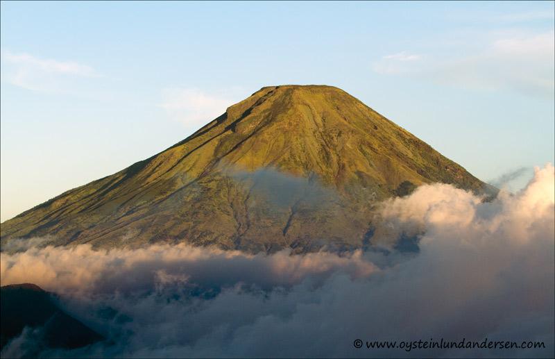 Sindoro Volcano