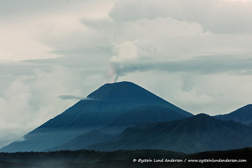 Tengger-Bromo-volcano-desember-2014-(IMG_7074)
