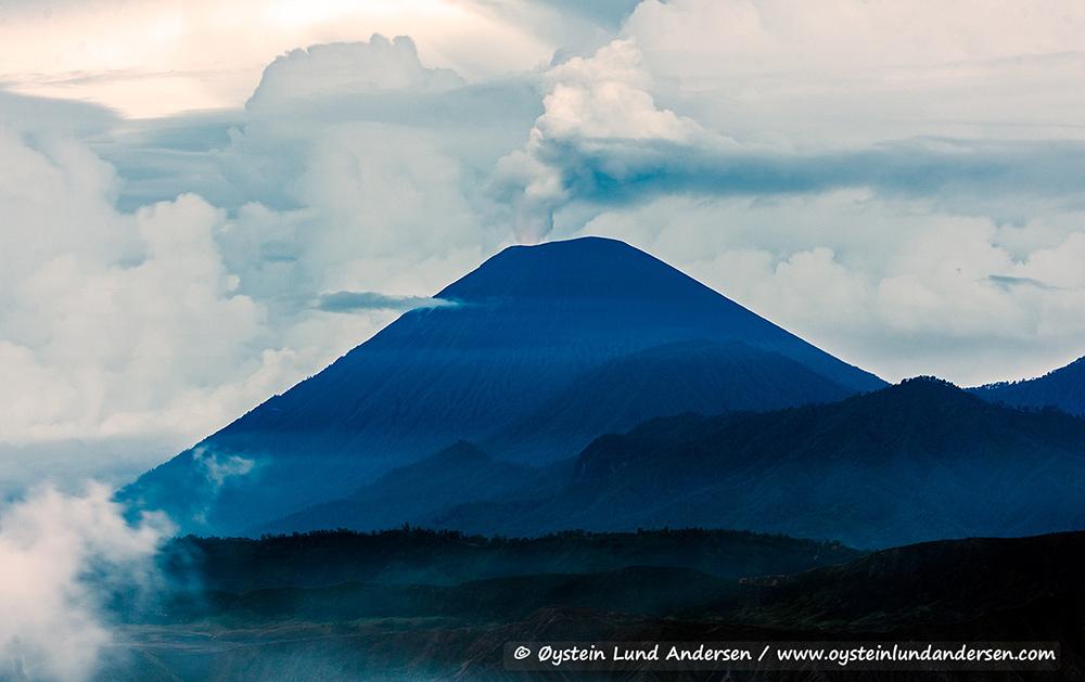 Tengger-Bromo-volcano-desember-2014-(IMG_7084)