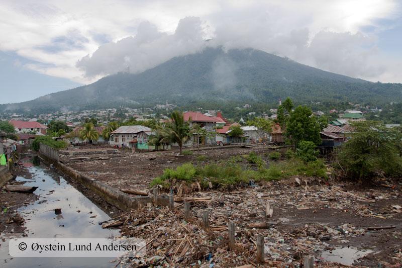 Ternate_april2011X4