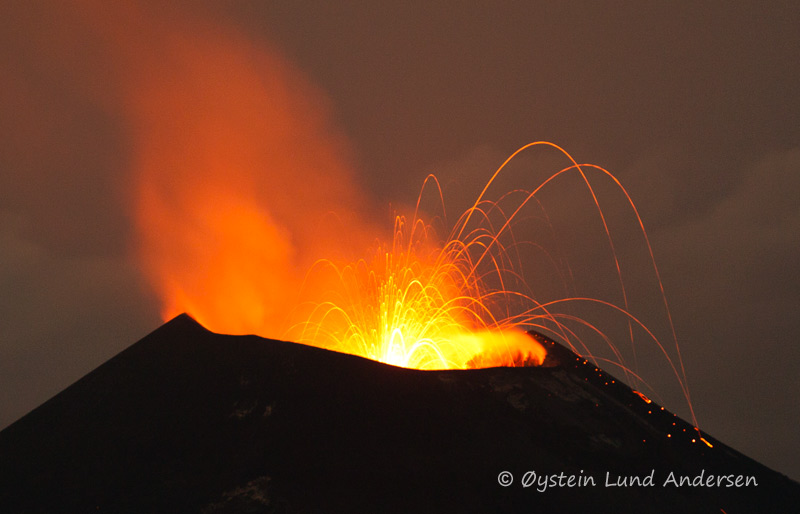anak-krakatau-13november-2011x6