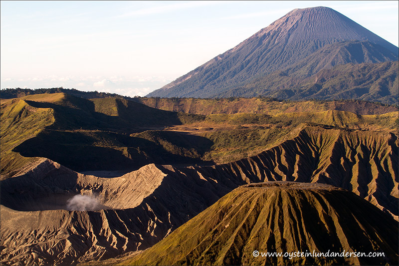 bromo_volcano_aug2012x1-3