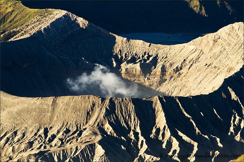 bromo_volcano_aug2012x2