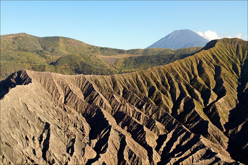 bromo_volcano_aug2012x3-4