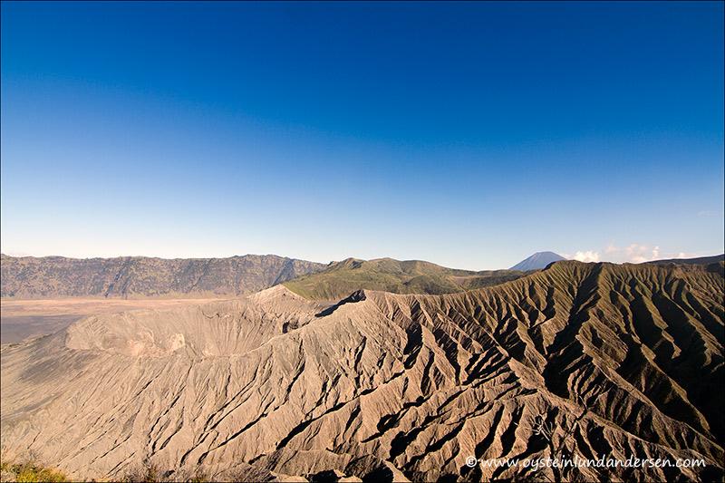 bromo_volcano_aug2012x3