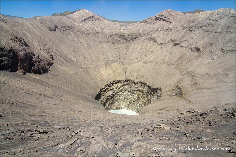 bromo_volcano_aug2012x9