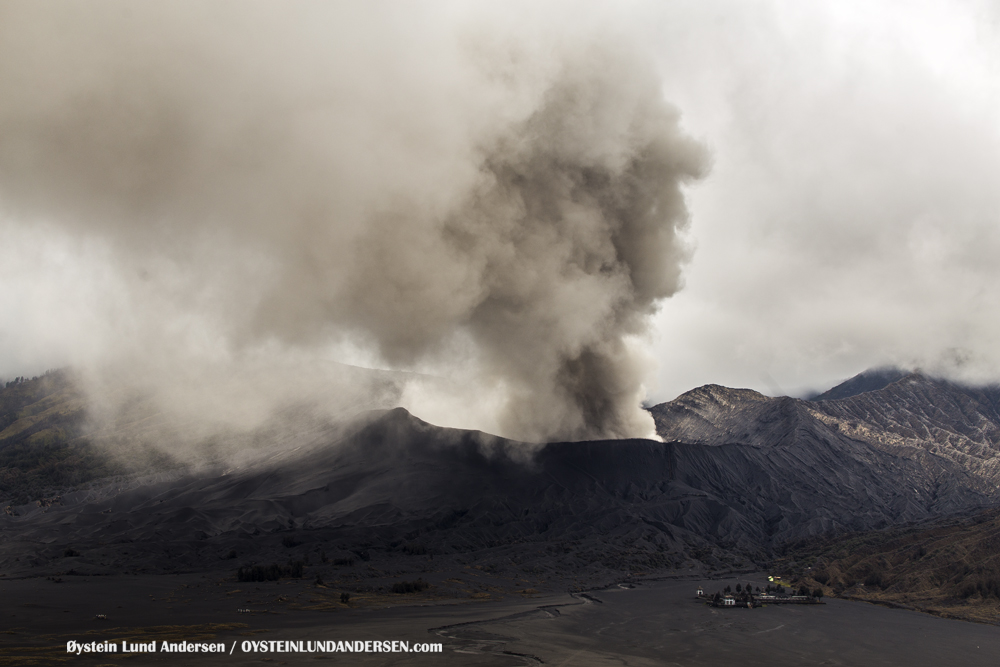 Bromo Volcano Eruption 2015 Indonesia ash lava