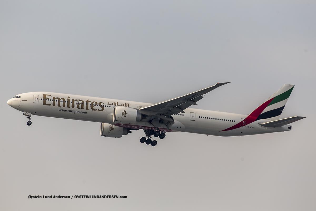 Jakarta Airport Sukarno Hatta (CGK) Emirates Boeing 777-300ER (A6-EPG)